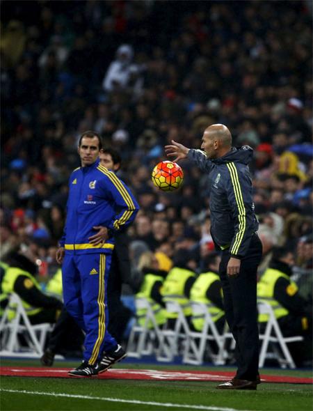 Báo chí thế giới ngợi ca màn ra mắt của Zidane