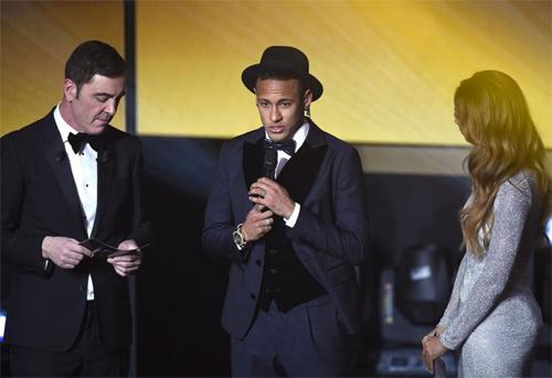 Neymar thất vọng khi chỉ xếp thứ ba cuộc đua Quả bóng vàng