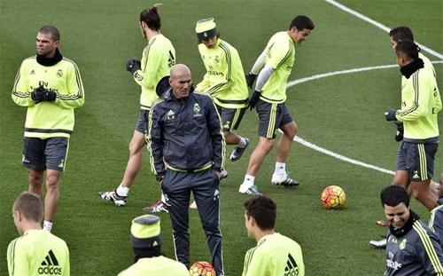 Zidane sốc trước tình trạng thể lực của một số học trò