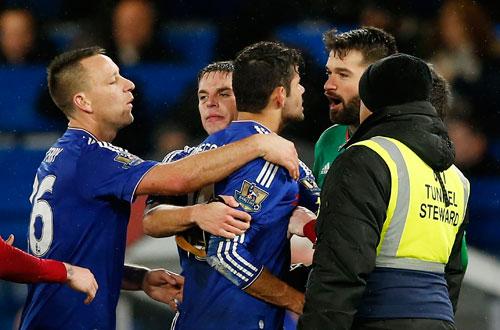 Chelsea đứt mạch thắng, dậm chân ở thứ 14
