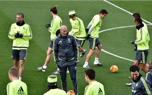 Real và Atletico bị cấm mua cầu thủ một năm