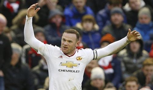 Rooney không biết vừa phá kỷ lục của Henry