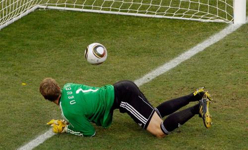 Từ 2016, áp dụng Goal-line ở Champions League và Euro