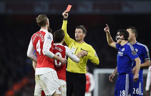 Chelsea chơi hơn người, lại chuốc sầu Arsenal