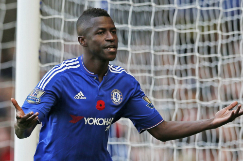 Đối thủ của Bình Dương lập bom tấn với sao Chelsea
