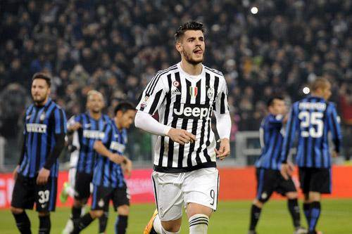Juventus đại thắng Inter ở lượt đi bán kết Coppa Italy