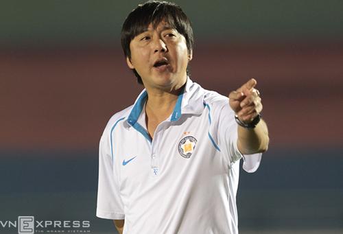 HLV Huỳnh Đức: 'Tôi không thể lên đội tuyển lúc này'