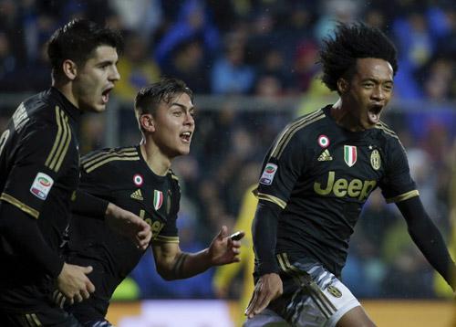Hàng thải của Chelsea giúp Juventus có trận thắng 14 liên tiếp