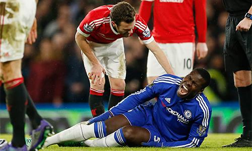 Chelsea mất hậu vệ trụ cột tới hết mùa giải