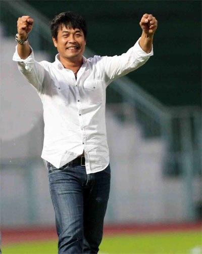 HLV Hữu Thắng nhận lương khủng khi dẫn dắt tuyển Việt Nam