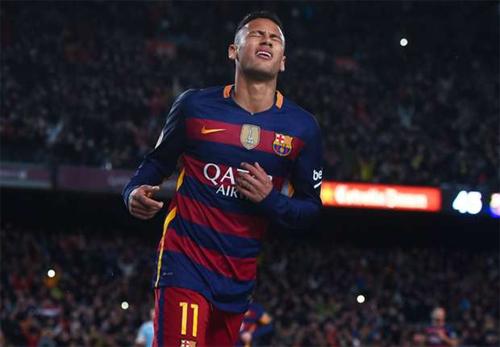 Neymar tiết lộ sự thật bất ngờ sau pha đá phạt đền của Messi