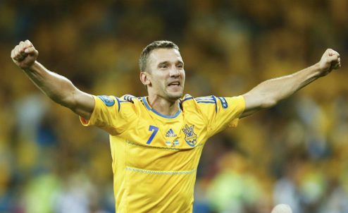 Shevchenko trở lại với bóng đá