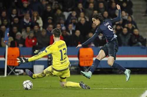Ibrahimovic và Cavani cùng lập công, PSG đánh bại Chelsea
