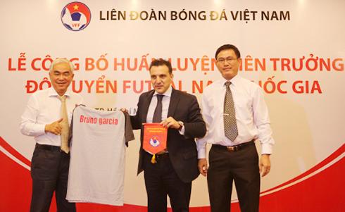 HLV Bruno Garcia: Người hiện thực hoá giấc mơ futsal Việt Nam