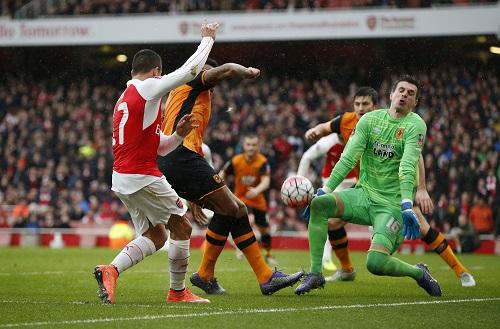 Arsenal bất lực trước Hull, đá lại vòng 5 Cup FA