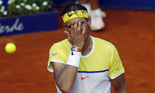 Nadal thua trận bán kết thứ hai liên tiếp trong một tuần