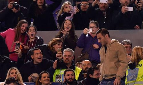 Francesco Totti: Khi thời gian đã rêu phong