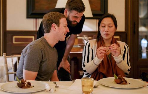 pique-an-toi-voi-ong-chu-facebook