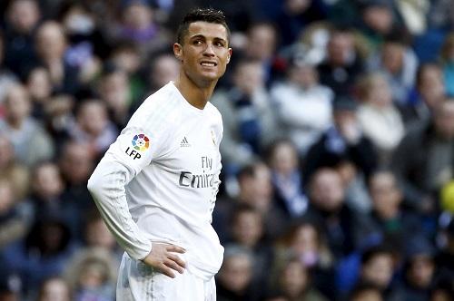 Ronaldo: 'Đồng đội mà giỏi như tôi, Real đã đứng nhất'
