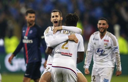 PSG thua trận đầu tiên trong mùa giải tại Ligue I