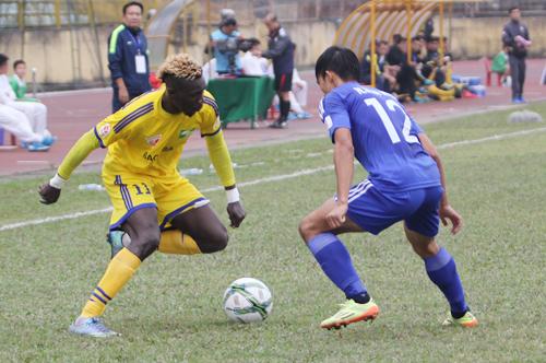 Sông Lam Nghệ An thoát khỏi đáy bảng V-League 2016