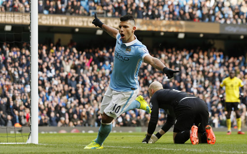 Man City đè bẹp đội bét bảng, áp sát Arsenal