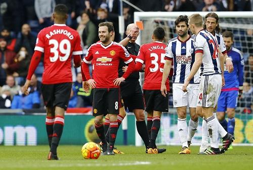 Mata bị đuổi, Man Utd ôm hận trước West Brom