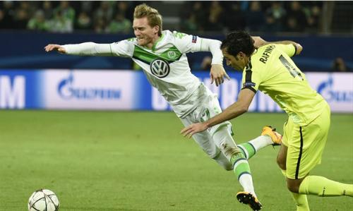 'Hàng thừa' Chelsea đưa Wolfsburg lần đầu vào tứ kết Champions League