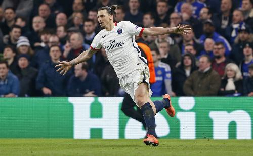 Ibrahimovic: 'Thật may tôi không rời sân sau 20 phút'