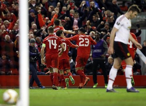 Liverpool đè bẹp Man Utd ở Europa League