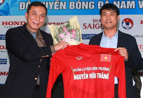 HLV Hữu Thắng: 'Tôi muốn tuyển Việt Nam đá theo phong cách Pep Guardiola'