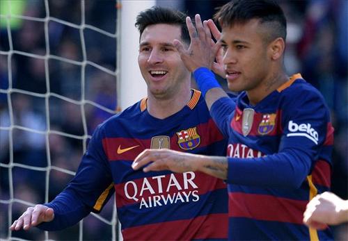 Messi đá hỏng phạt đền, Barca vẫn thắng với tỷ số 6-0
