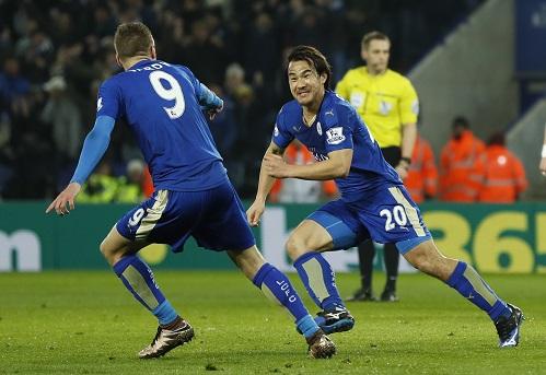 Leicester chuốc sầu Benitez, thẳng tiến đến ngôi vương
