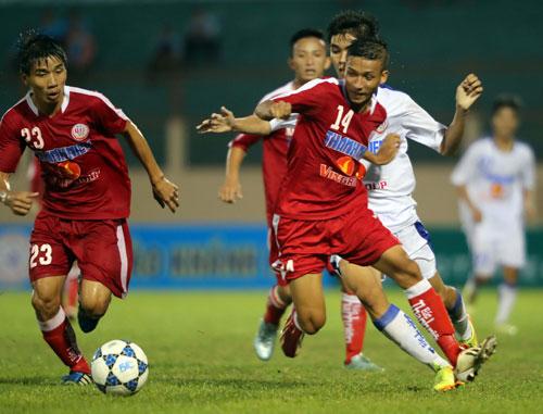 Khánh Hòa và Bình Dương chia điểm ngày khai mạc U19 quốc gia