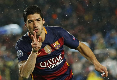 Suarez lập siêu phẩm vô lê, Barca thêm một lần đánh bại Arsenal
