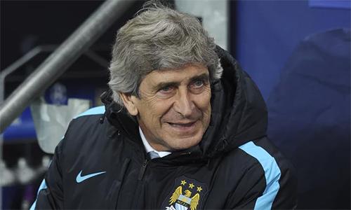 HLV Man City vui mừng khi tránh được Barca
