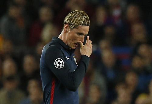 Torres chê trọng tài không đủ trình độ làm việc ở Champions League