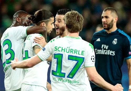 Quật ngã Real, Wolfsburg đặt một chân vào bán kết Champions League