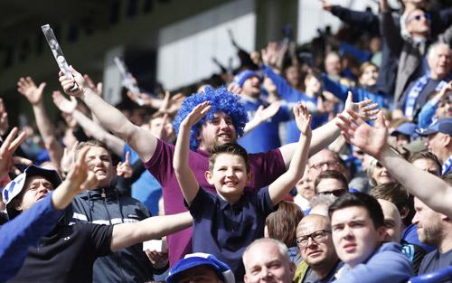 Giá vé trận cuối trên sân nhà của Leicester tăng gấp 150 lần