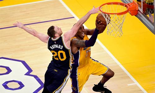 Kobe Bryant phá kỷ lục ghi điểm trong trận giã từ sự nghiệp