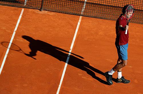 Tsonga tiễn Federer khỏi Monte Carlo