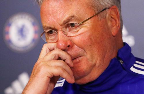 Hiddink: 'Các cầu thủ hết động lực chơi bóng cho Chelsea'