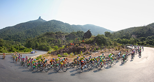 Áo vàng 2015 gặp vận rủi ở chặng 13 giải xe đạp xuyên Việt