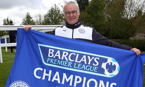 Mẹ HLV Ranieri bật khóc ngay khi biết tin Leicester vô địch