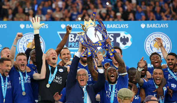 vardy-lap-cu-dup-ngay-leicester-nang-cup-vo-dich-page-2