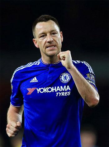 Terry được đề nghị ở lại Chelsea thêm một năm