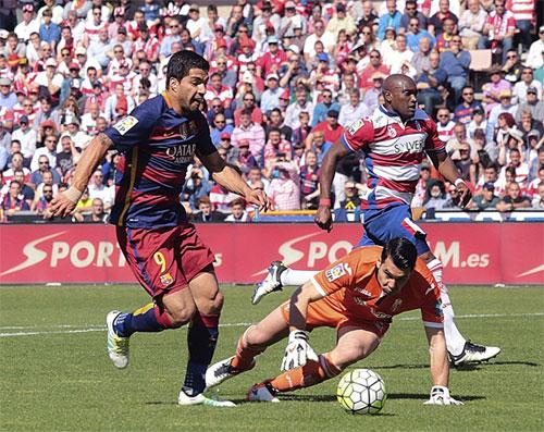 Suarez đánh bại Ronaldo trong cuộc đua Vua phá lưới Liga