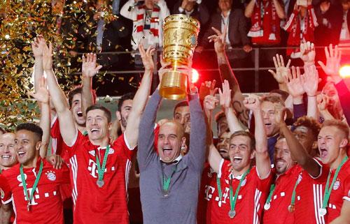 Bayern đoạt Cup Quốc gia trong ngày từ biệt Guardiola