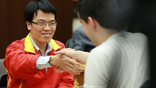 Lê Quang Liêm tiến sát chức vô địch giải châu Á