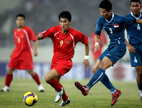 Hạ chủ nhà Myanmar, Singapore đấu Việt Nam ở chung kết
